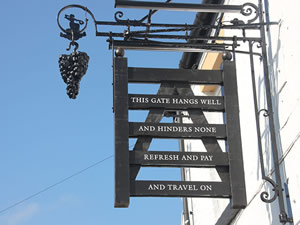 the Hanging Gate pub sign